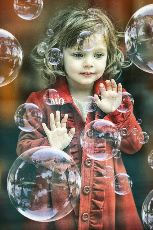 #FreeToEdit @freetoedit @pa #editbyme I  didn't know what to use butterflies or bubbles...so I went with bubbles...so cute... :)